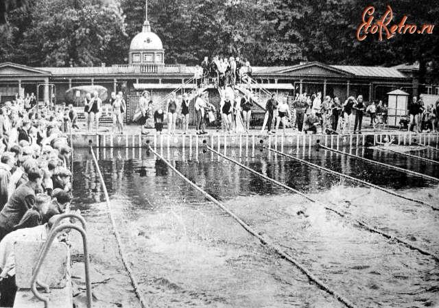 Геленджик бассейн детская площадка